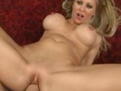 Big boobed blonde Julia Ann enjoys hardcore fuck with big dick boyfriend