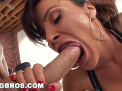 Bouncy boobed brunette milf Lisa Ann deepthroats big dick before having anal fuck